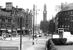 Bradford, Towards Town Hall Square c.1950