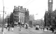 Bradford, Town Hall Square c.1950