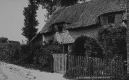 Brading, Little Jane's Cottage c.1883