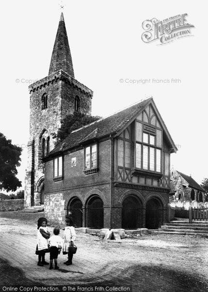 Brading, Town Hall And St Mary's Church 1908