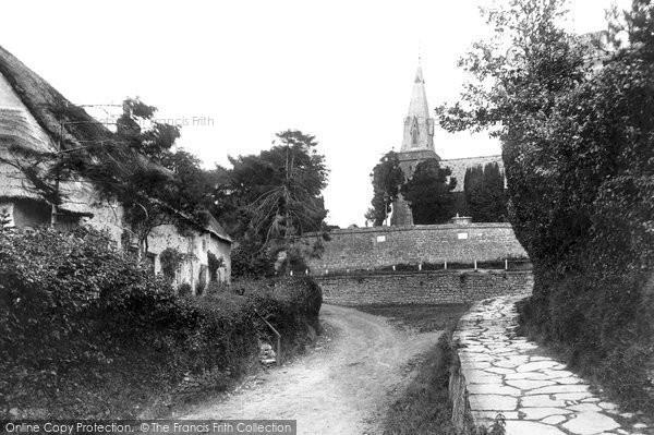 Bradpole, Village And Holy Trinity Church 1907