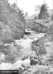 Braemar, The River Cluny c.1930