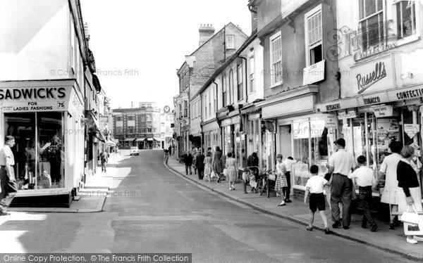 Braintree, High Street c.1955