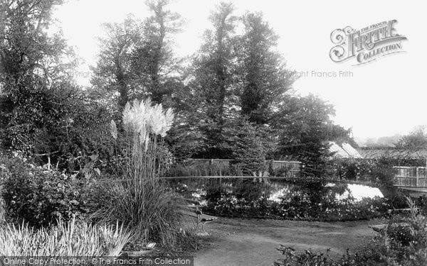 Photo of Braintree, Public Gardens 1900, ref. 46246