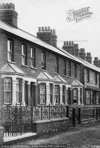 Braintree, Terrace In Rayne Road 1907