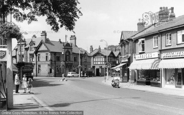 Bramhall, Woodford Road c.1965