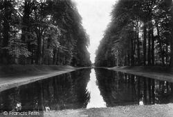 Park, Pond 1909, Bramham