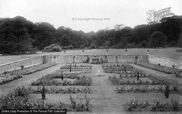Photo of Bramham, Park, Rose Garden 1909