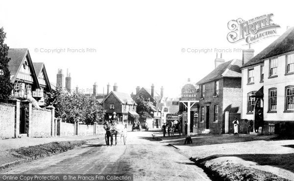 Bramley, High Street, 1904  Reproduced courtesy of The Francis Frith Collection