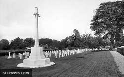 Bramshott, Canadian War Memorial And Graves 1924