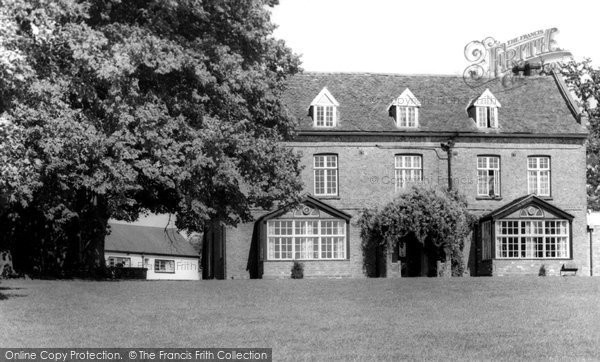 Bransford, The Bank House And Motel c.1965