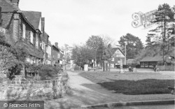 Brasted, The Green And Pump c.1955