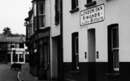 Braunton, the London Inn c1950