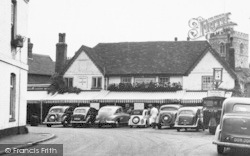 Bray, Cars At The Hind's Head Hotel c.1955