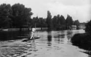 Bray, Punting Near Bray Lodge 1913