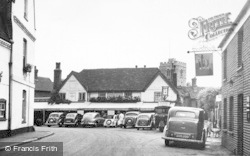 Bray, The Hind's Head Hotel c.1955