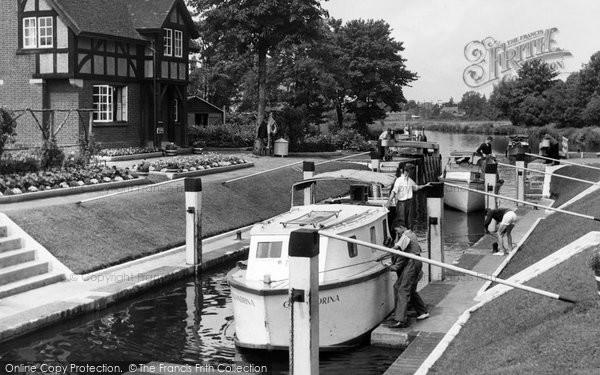 Photo of Bray, the Lock c1960