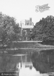 Bray, The Vicarage From The River c.1910