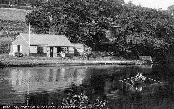 Brecon, Boathouse On The Usk 1910