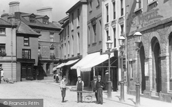 Brecon, Boys In The High Street 1899