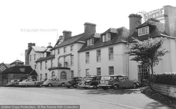 Brecon, Castle Hotel c.1965