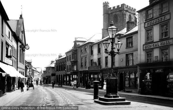 Brecon, High Street 1910