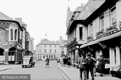 Brecon, High Street 1955