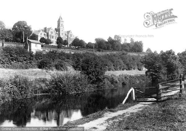 Brecon, Memorial College 1899