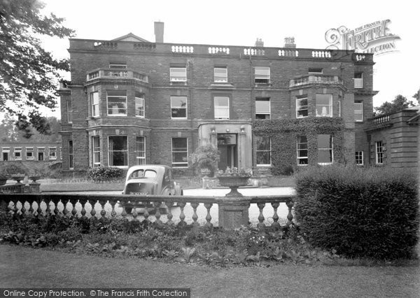 Photo of Bredenbury, Court c1955, ref. B422001