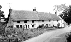 Bremhill, Thatched Cottages c.1960