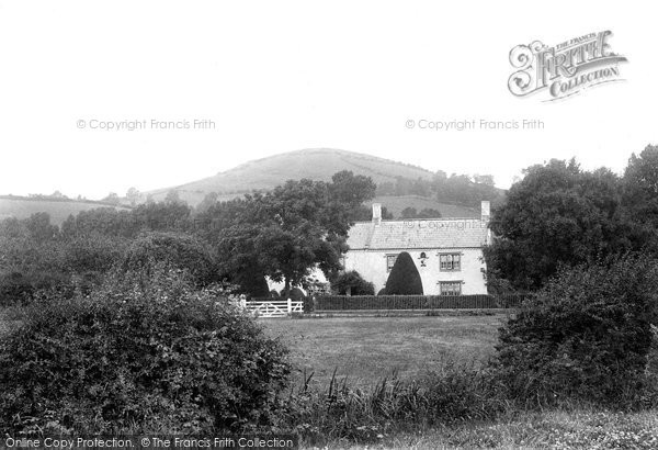 Photo of Brent Knoll, and Battleborough 1913