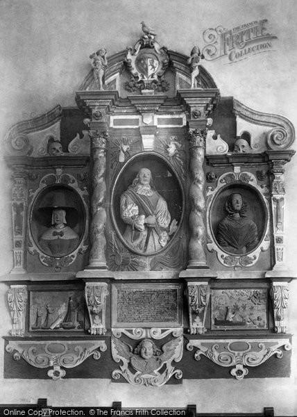 Brent Knoll, Church, John Somerset Memorial 1903