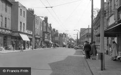 High Street c.1960, Brentford