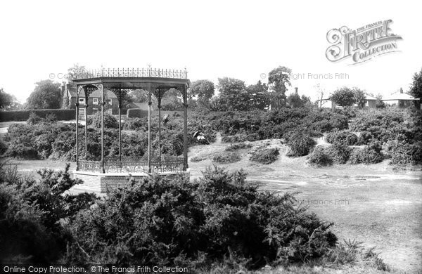 Brentwood, Bandstand On The Common 1896