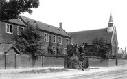 Brentwood, Grammar School And Hunter's Elm 1895
