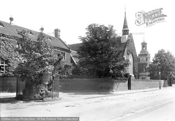 Brentwood, Grammar School And Hunter's Elm 1910