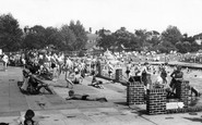 Brentwood, Swimming Pool c1955