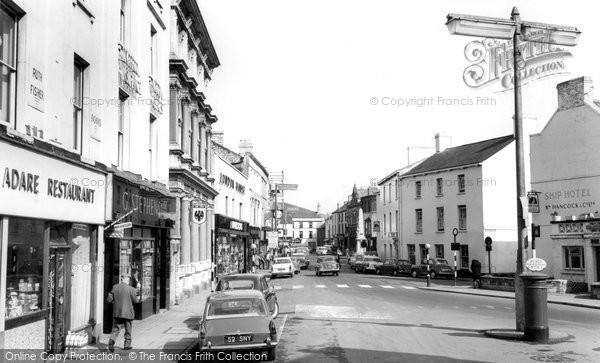 Bridgend, Dunraven Place c.1965