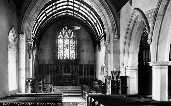 Bridgend, Newcastle Church Interior 1901