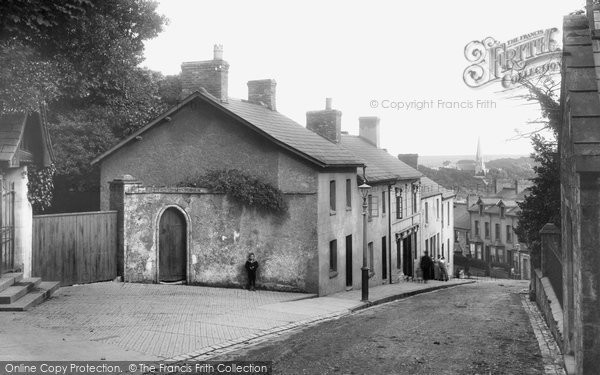 Photo of Bridgend, Newcastle Hill 1910