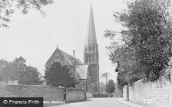 Bridgend, St Mary's Church c.1960
