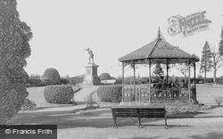 Bridgnorth, Cenotaph And Castle Grounds c.1966