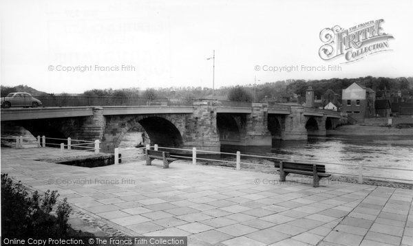 Bridgnorth, The Bridge c.1965