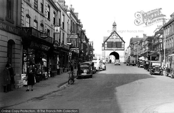 Bridgnorth, The Town Hall And High Street c.1950