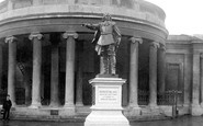 Bridgwater, Blake Statue 1901