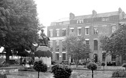 Bridgwater, King Square c.1950