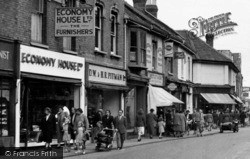 Bridgwater, Shoppers In Eastover c.1955