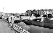 Bridgwater, the Town Bridge c1960
