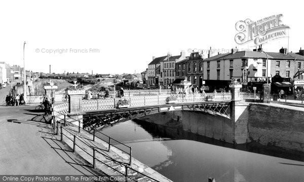 Photo of Bridgwater, the Town Bridge c1960