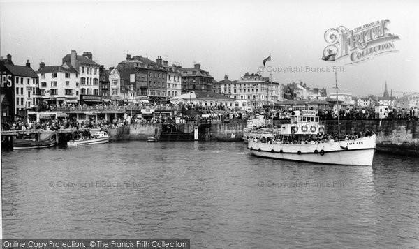 Bridlington, Boys' Own In The Harbour c.1960